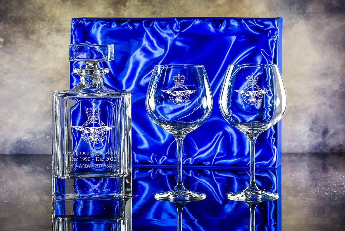 Click here to view decanter presentation sets