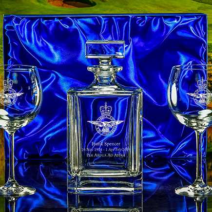 Click here to view our gin decanter and glasses